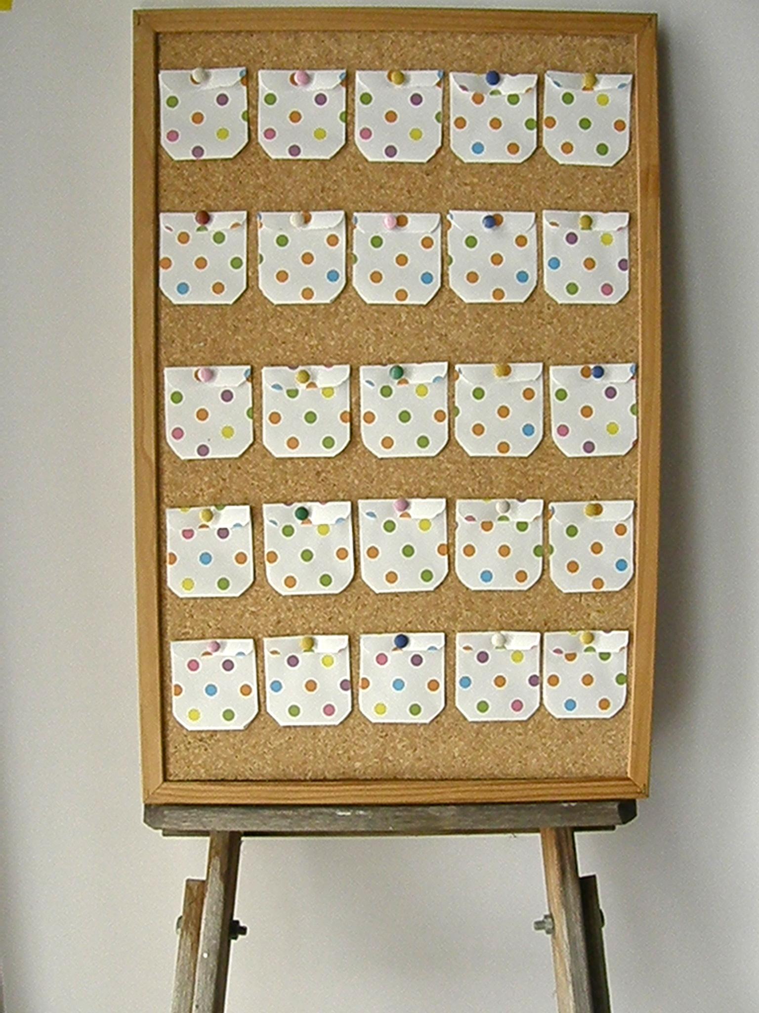 November Calendar Bulletin Board Ideas : Quick make a corkboard advent calendar