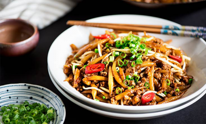 curious nut Malaysian Fried Rice Noodles