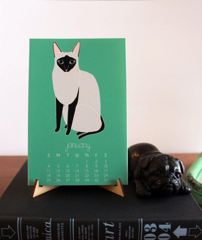 Gingiber made the Cat Desk Calendar