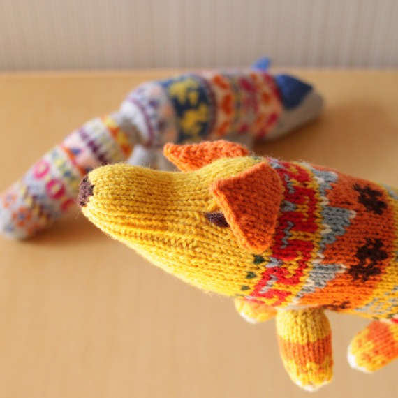 Envelope Shop Anu and Anu Knitted Animals