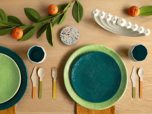 Wobbly Plates