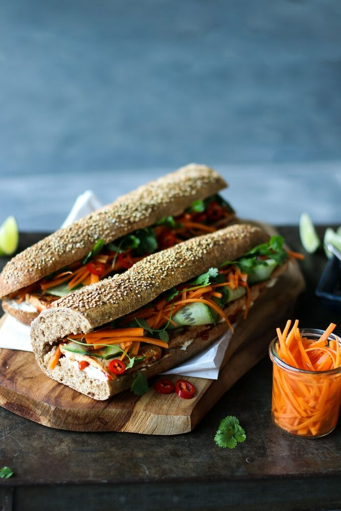 Pick Up Limes Banh Mi